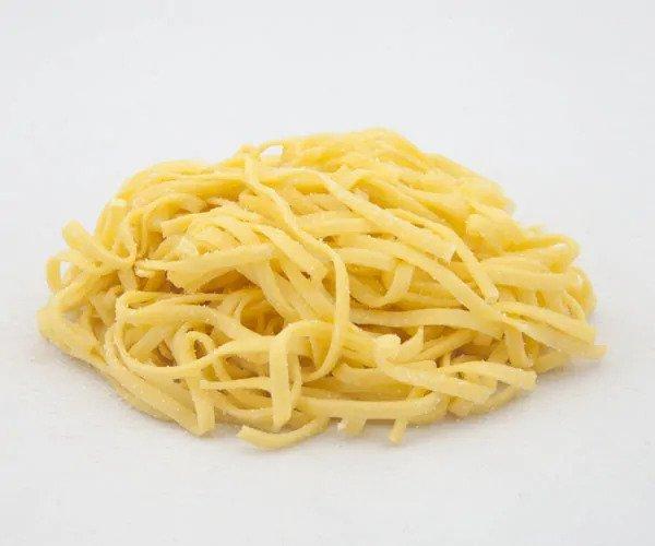 Tipos de pasta: BAVETTE