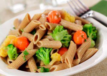 Pasta de trigo integral Primavera con verduras